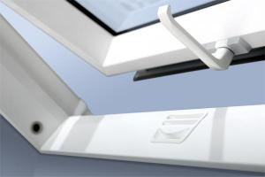 Promo Ferestre de mansarda 55x78 cu profil din PVC PTP U3 + Rama de etansare